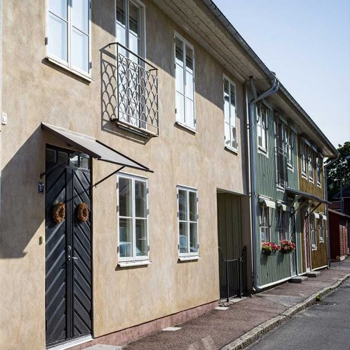 Kassoren Mariefred fasad puts