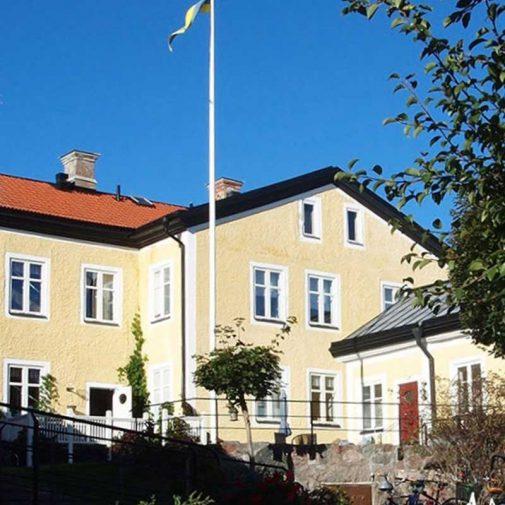 Krukmakaren Mariefred gul fasad