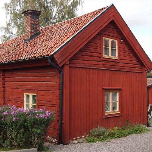 Pumpen Mariefred roda huset