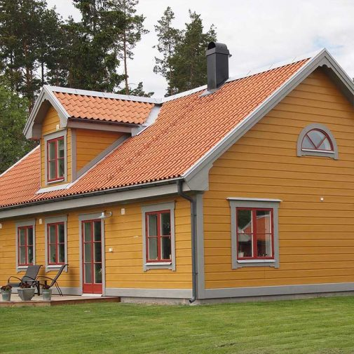 Vastra Akerby gul villa