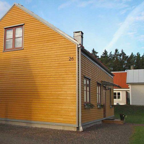 Vastra Akerby lilla huset naturfarg